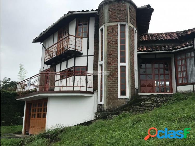 Vendo casa chalet armenia avenida centenario