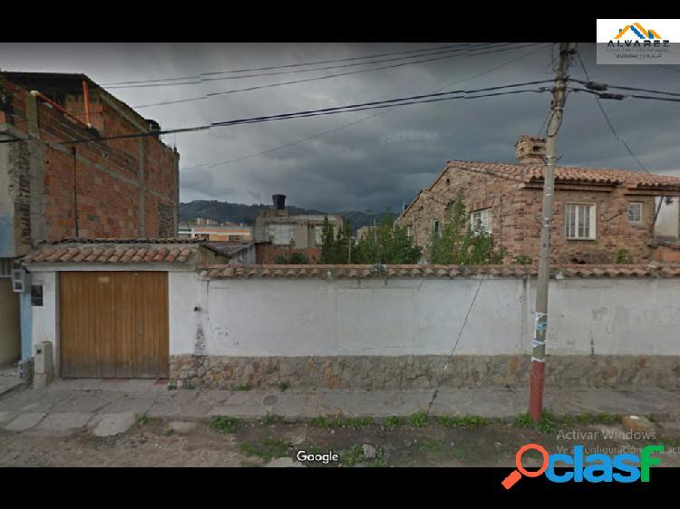 Casa lote en venta barrio san miguel paipa-boyaca.