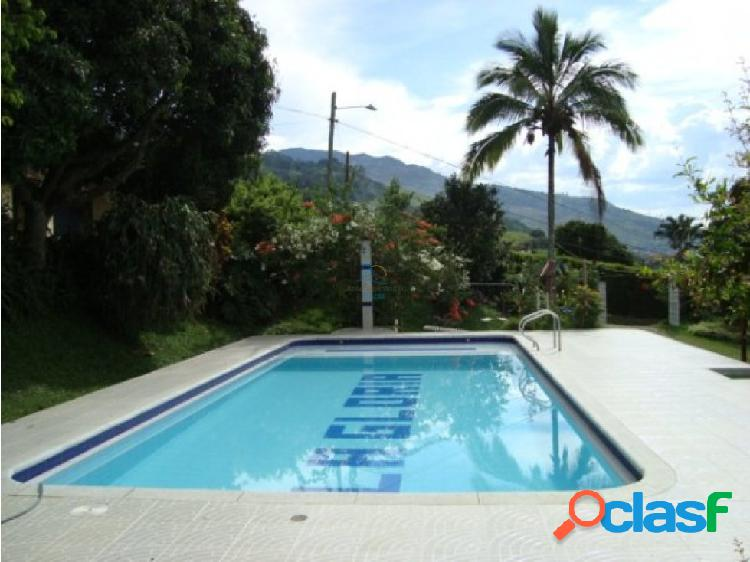 Alquiler finca copacabana código 1257438