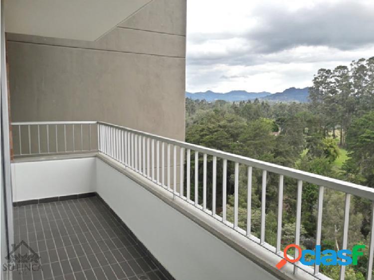 Apartamento nuevo en excelente sector