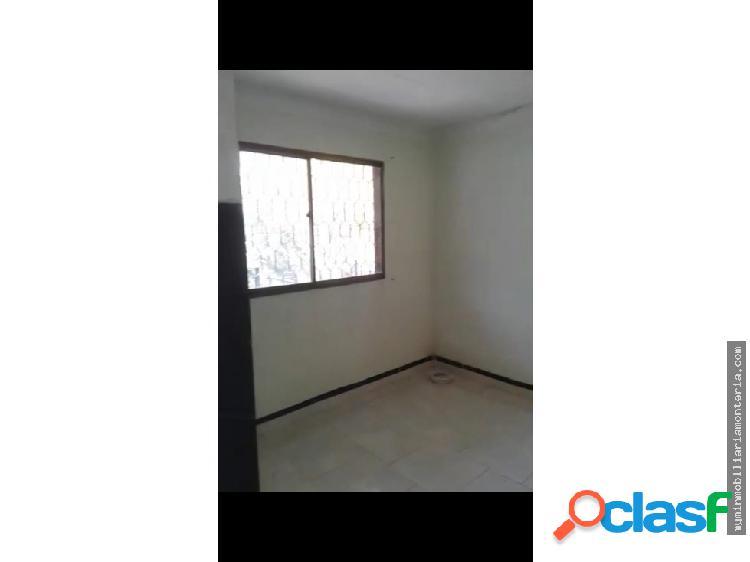 Vende casa de dos pisos en santa marta