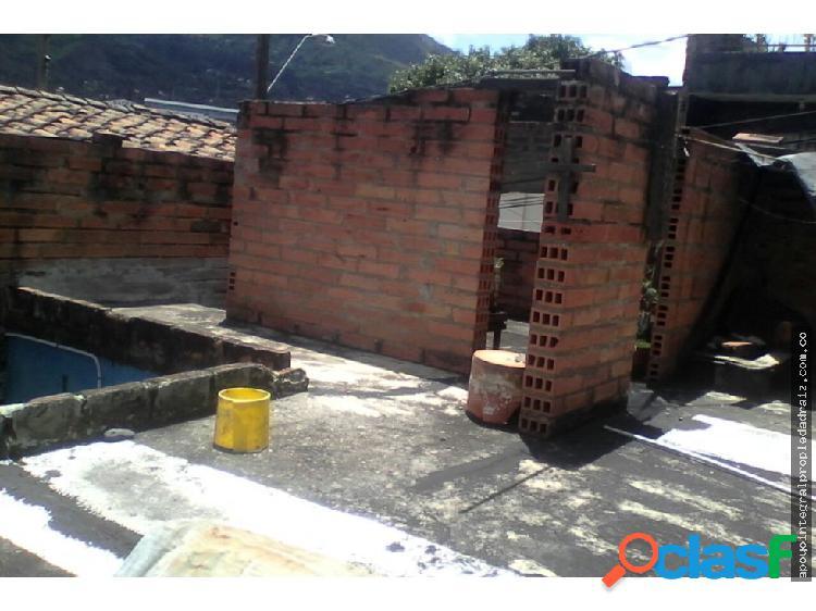 Venta de casa lote sector zulita copacabana