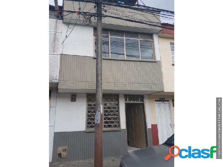 Rento casa en barrio granada armenia