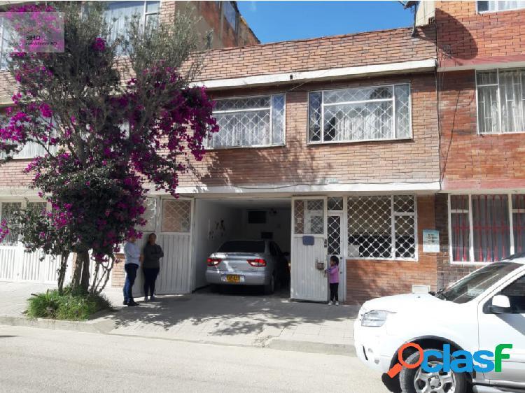 Casa en venta dos plantas en ciudad roma bogotá