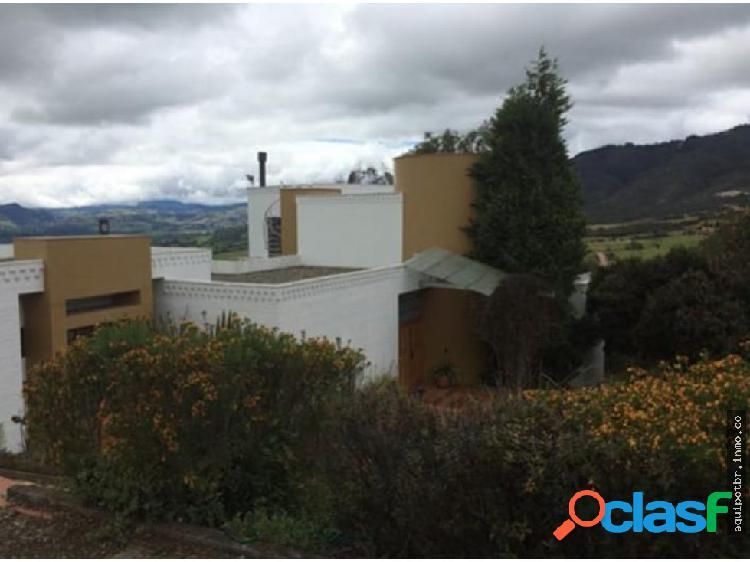 Casa en venta en yerbabuena, chía