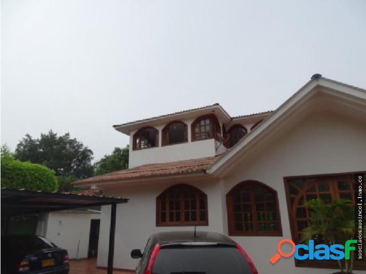 Vendo hermosa casa en la viga - pance
