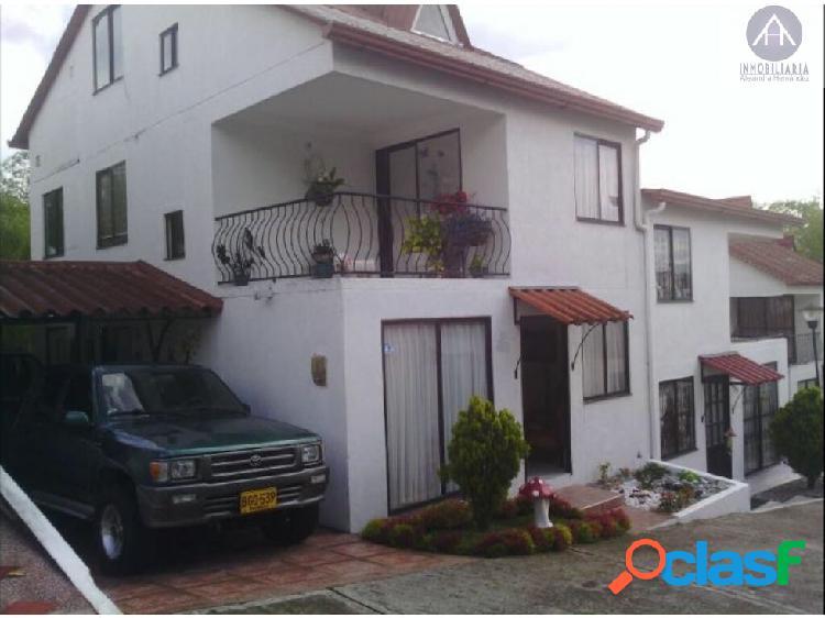 Casa en venta sector norte armenia av. 19