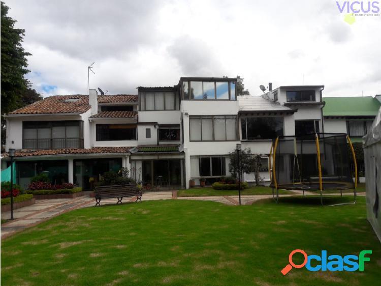 Casa para remodelar en calleja alta - venta