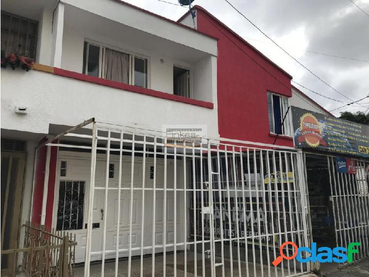 Se vende casa en las américas armenia