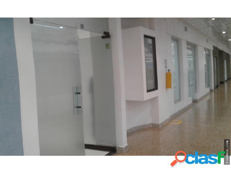 Local 83 m2 c.c dorado plaza