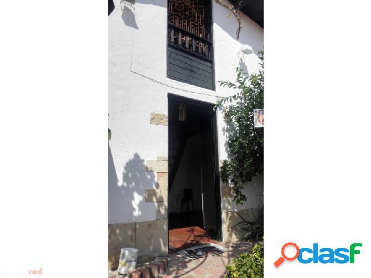Casa en girardot, conjunto cerrado estilo colonial