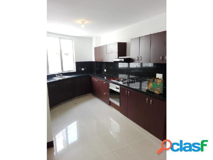 Casa en venta en Pinares, Pereira