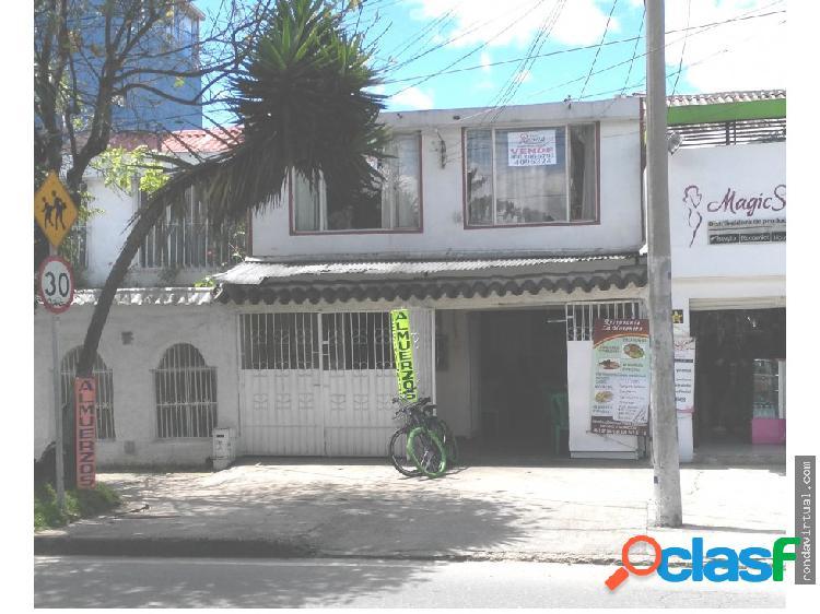 Vendo casa sobre avenida sector tibana