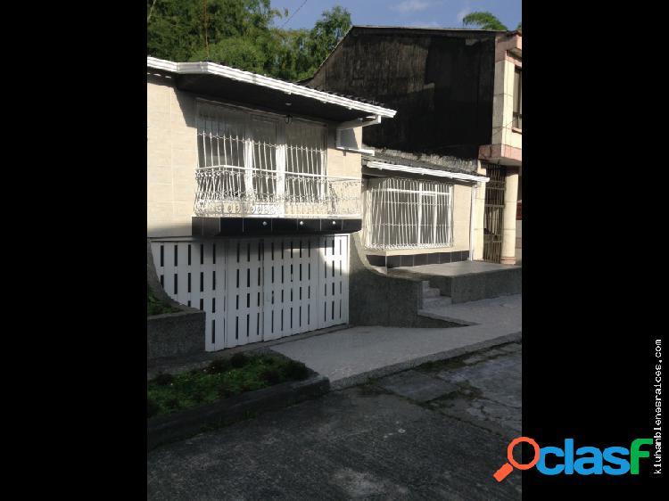 Casa 190 metros sector norte de armenia