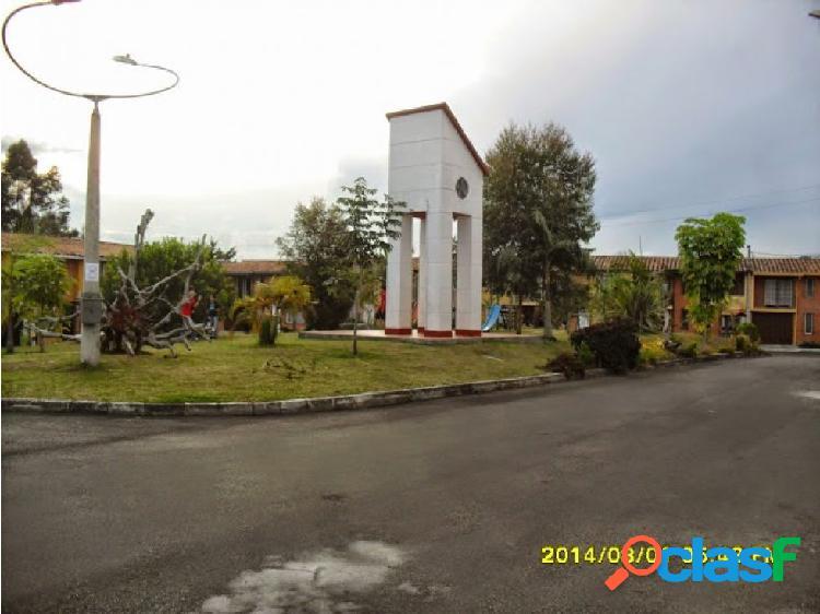 Arriendo casa en rionegro sector uco