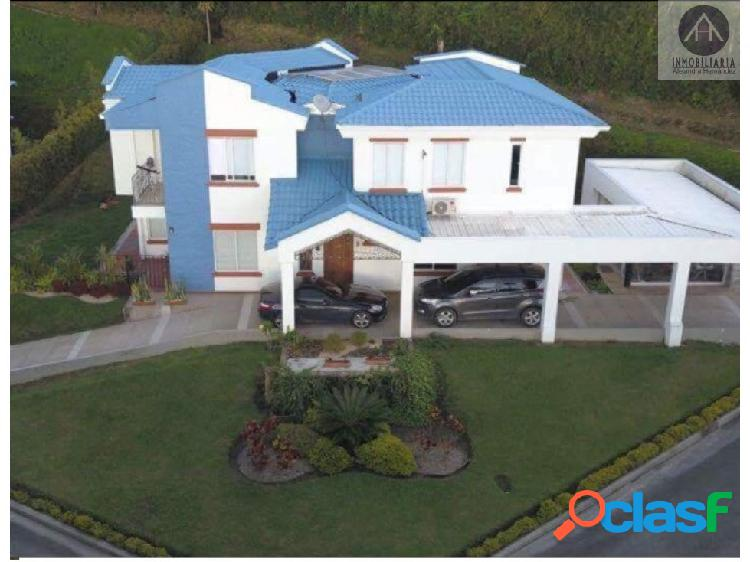 Casa campestre en venta via Circasia