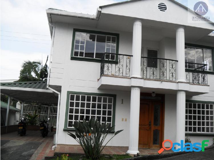 Casa en venta sector norte centenario