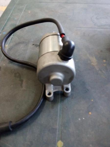Motor de arranque de akt 250 y cilindro