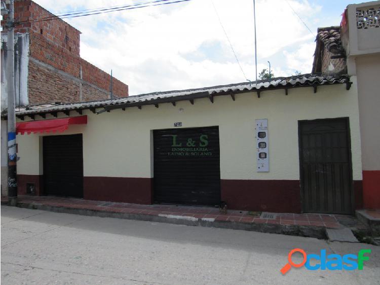 Locales comerciales barrio el llano