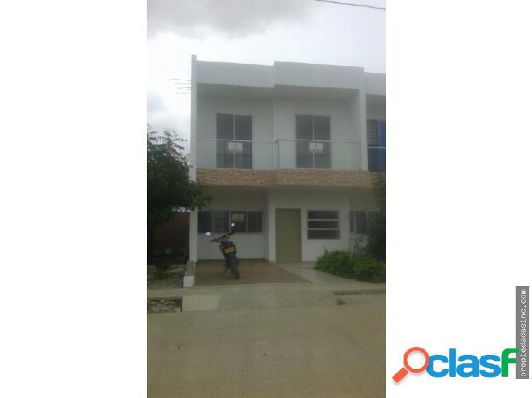 Se vende casa de dos pisos en el barrio villa luz