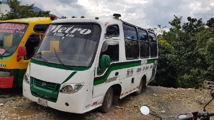 Microbús Dahiatsu Súper Delta 2007