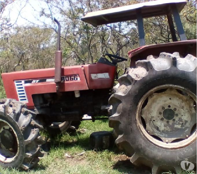 Tractor Fiat 8066