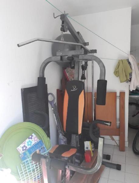 Maquina de Ejercicios Multifuncional