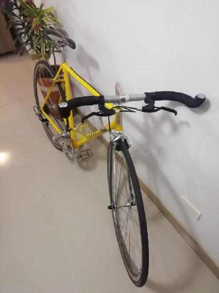 Bicicleta semicarreras clasica
