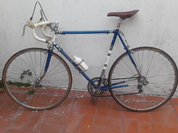 Bicicleta de ruta, semicarrera antigua