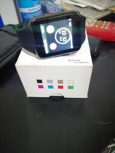 Vendo smart wach o encimo a celular