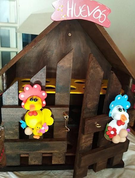Casas porta huevos arte country