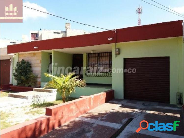 Se vende casa en ciudad jardin codigo 4081373
