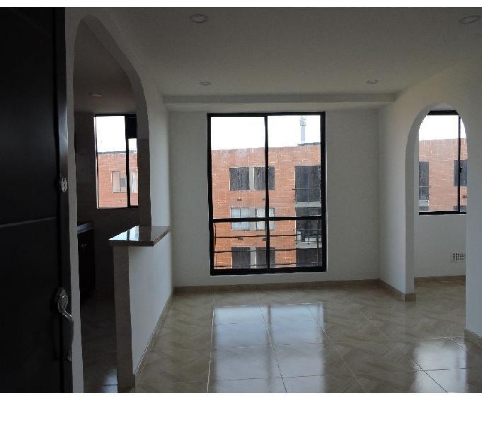 Arriendo apartamento $700.000. Barrio Tierra Buena