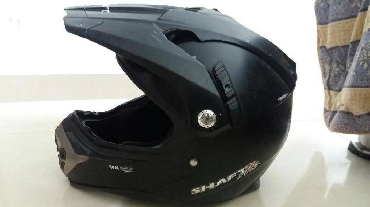 Vendo casco marca shaft pro