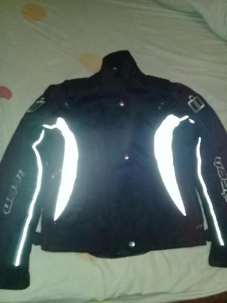 Vendo o permuto chaqueta de proteccion