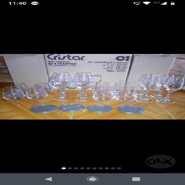 Juego de copas y vasos cristal
