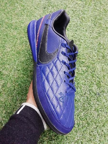 Zapatillas nike tiempo fútbol sala