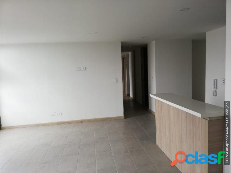 Arrienda apartamento avenida santander