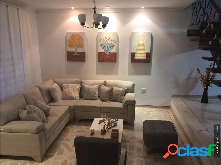 Se vende casa Altos De Riomar