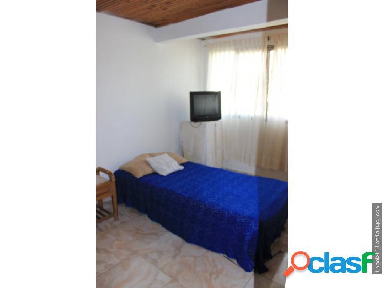 Se vende casa en el barrio san jose armenia q.