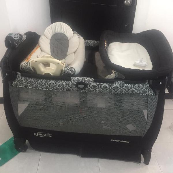 Corral-coche graco, silla mecedora, portabebé,