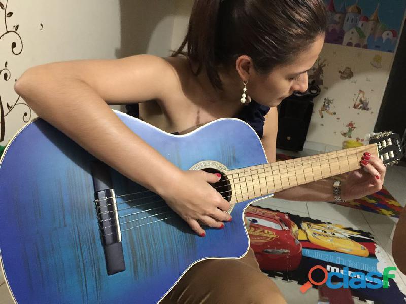 Adultos clases de guitarra, organeta, ukelele