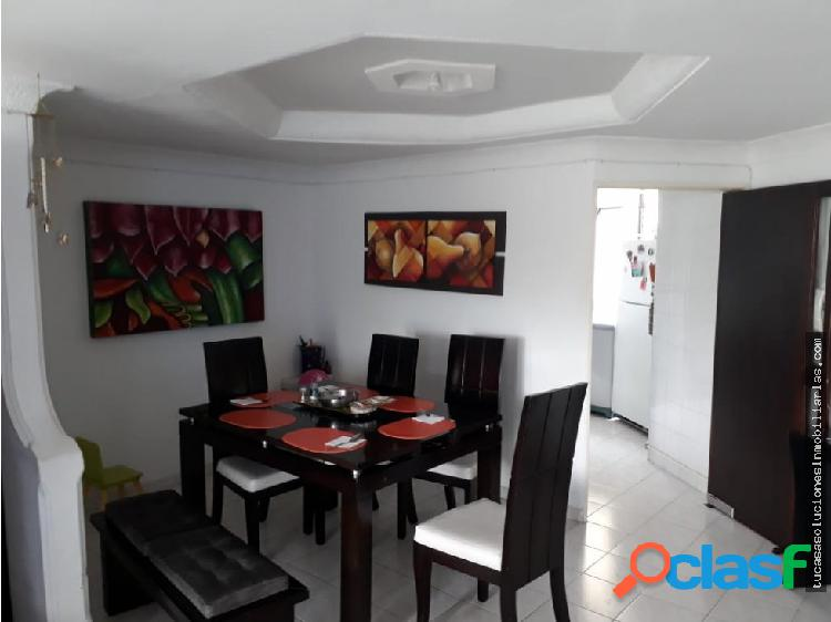 Vende apartamento castellana armenia