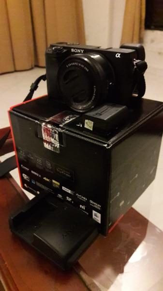 Camara Sony Alpha 6300