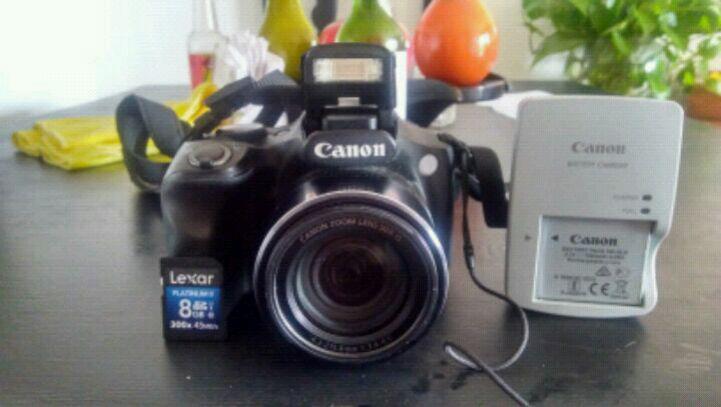 Vendo cámara canon semiprofesional