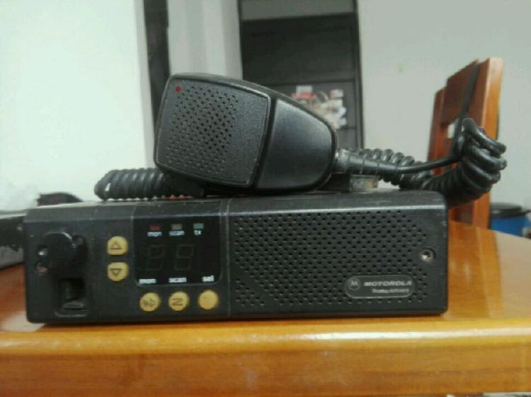 radio teléfono Motorola c300