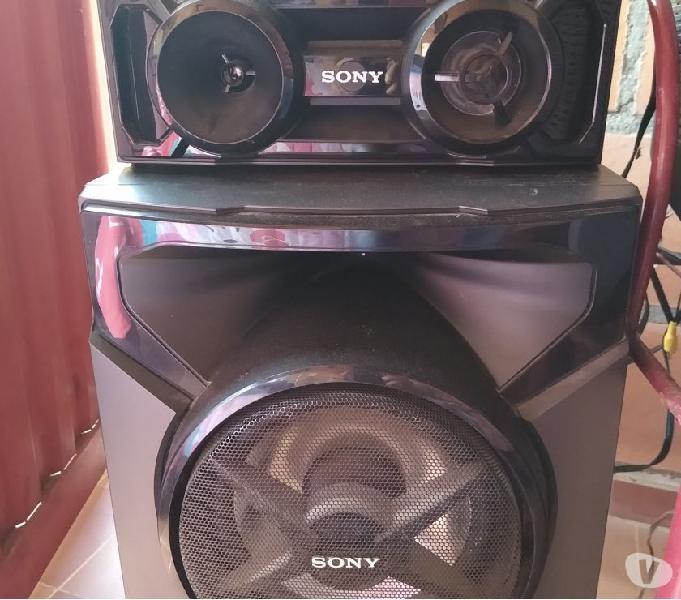 Espectacular equipo de sonido Sony