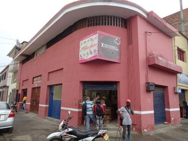 Venta de locales comerciales excelente ubicacion barrio el