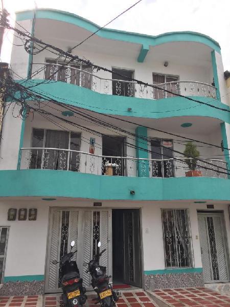 Ved10169 se vende edificio con 3 apartamentos