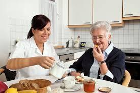 Cuidadora del adulto mayor o cuidados de niños en cucuta